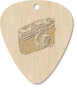 8 x 'Classic Camera' Engraved Guitar Pick / Pendant (GP00008730)