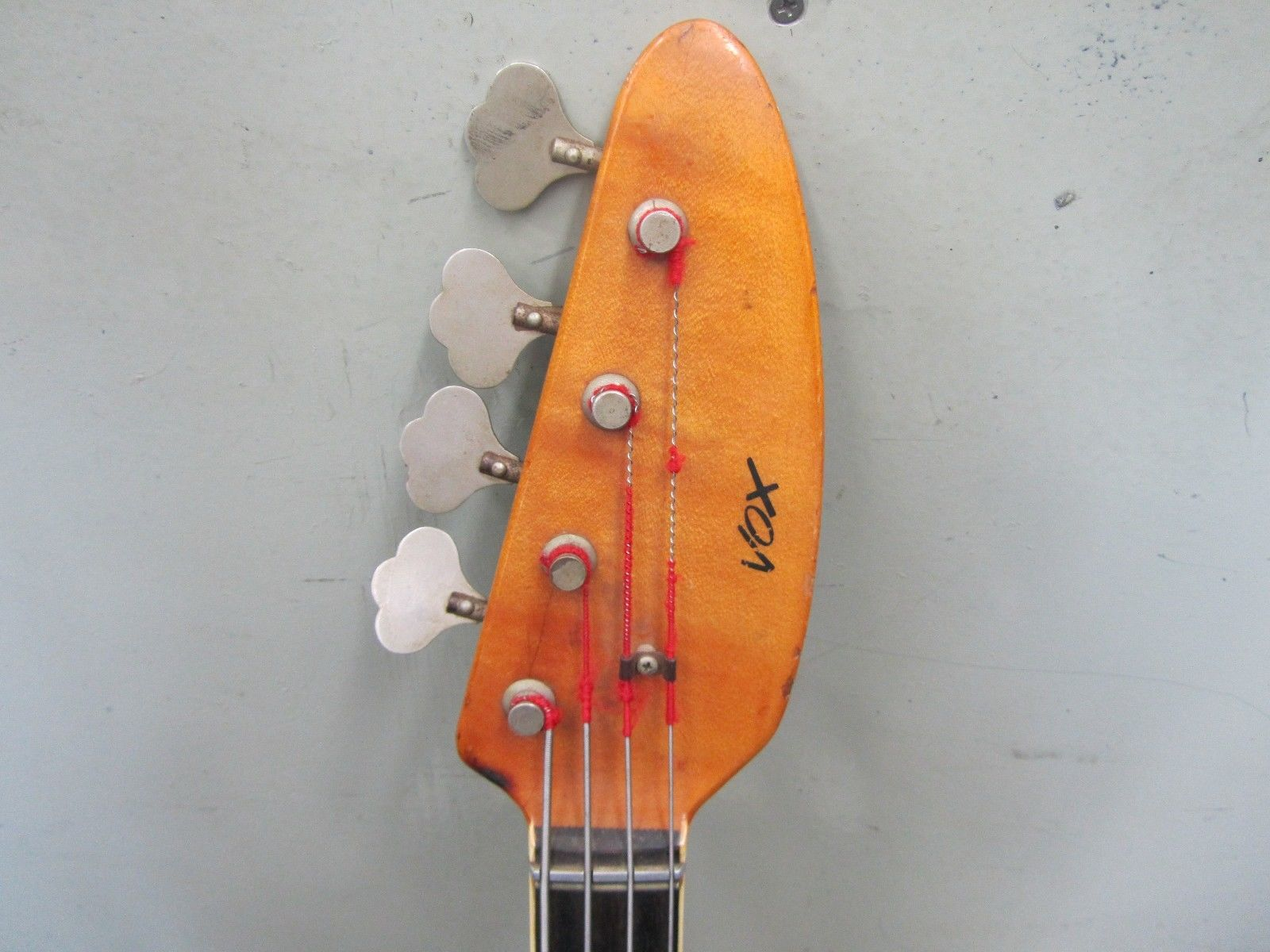 *** Vox Classic Bass Guitar Made in Italy 4 String 50-60s?? ***