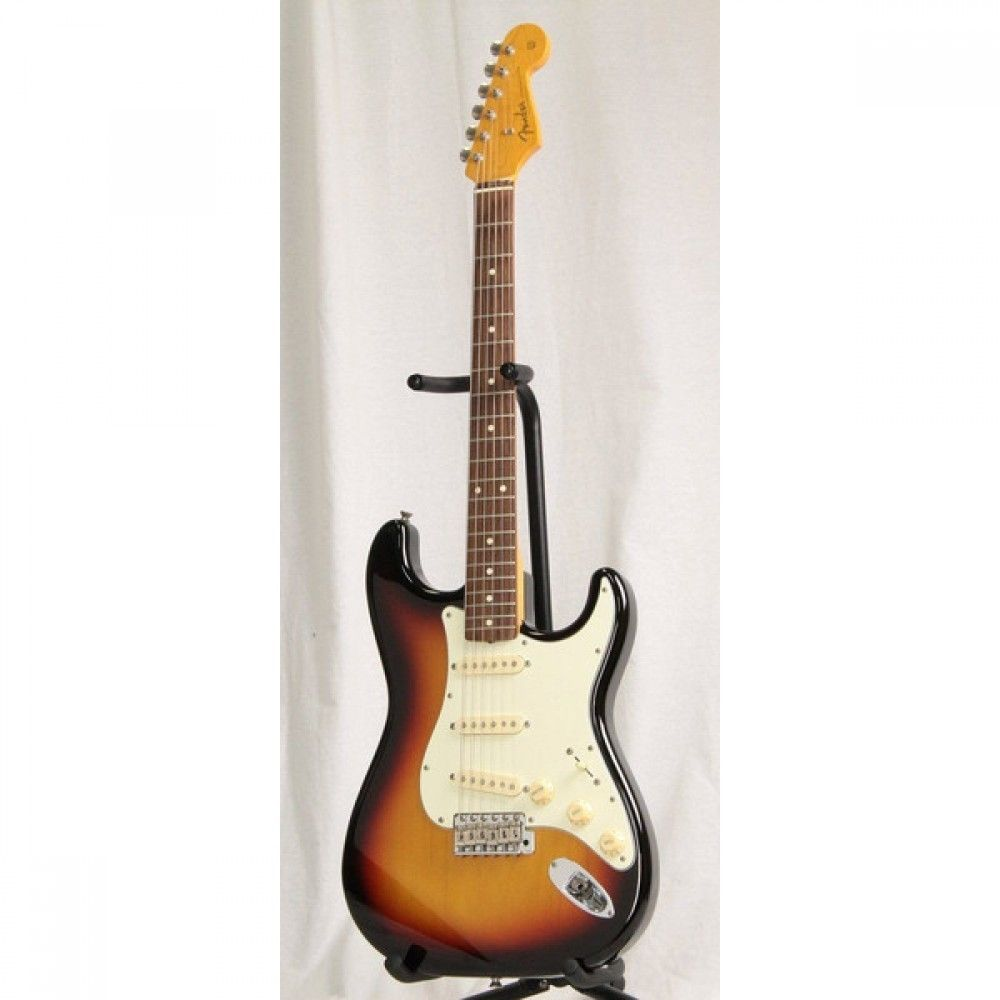 Fender Japan ST62 3-Tone Sunburst Used Electric Guitar with Soft Case JP F/S