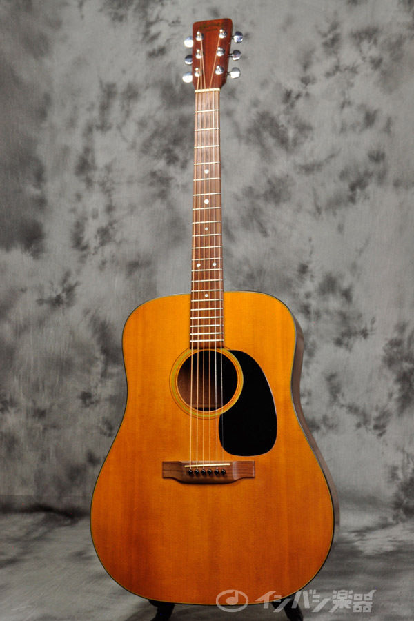 Martin D-18 D18 1971 Vintage Acoustic Guitar Excellent Japan Musical Instrument