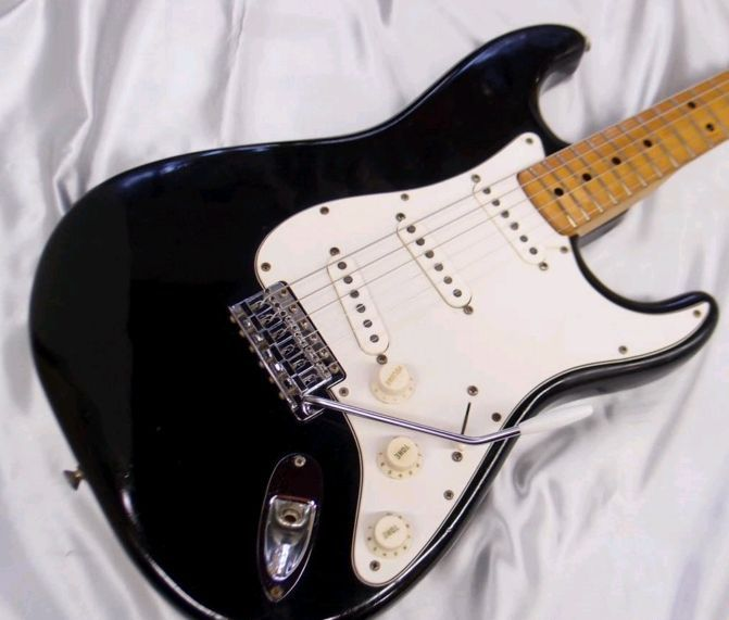 【VINTAGE】 Fender 1973 Stratocaster BLK/M w/ohsc FREESHIPPING from JAPAN
