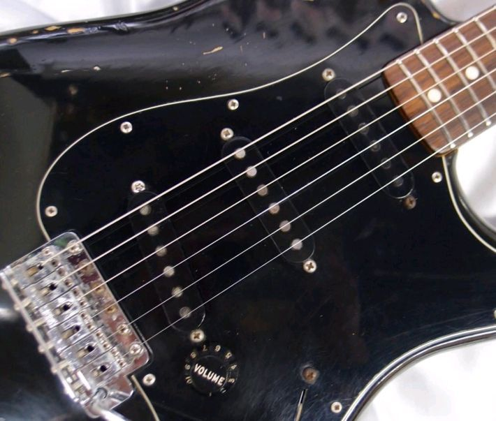 """【VINTAGE】Fender 1980 Stratocaster BLK/R """"S9Serial"""" w/ohsc F/S from JAPAN"""