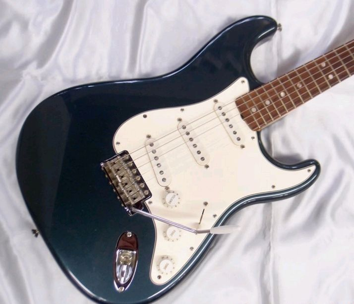 【USED】Fender Custom Shop 2005 '66 Stratocaster NOS LPB/R w/ohsc F/S from JAPAN