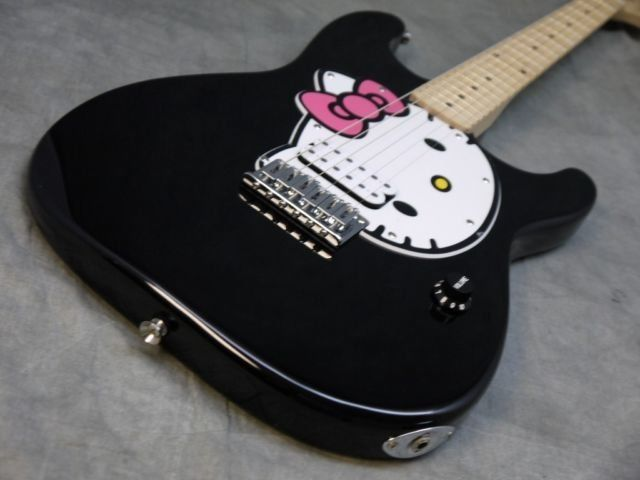 rare black fender squier hello kitty stratocaster electric guitar strap picks guitar of china. Black Bedroom Furniture Sets. Home Design Ideas