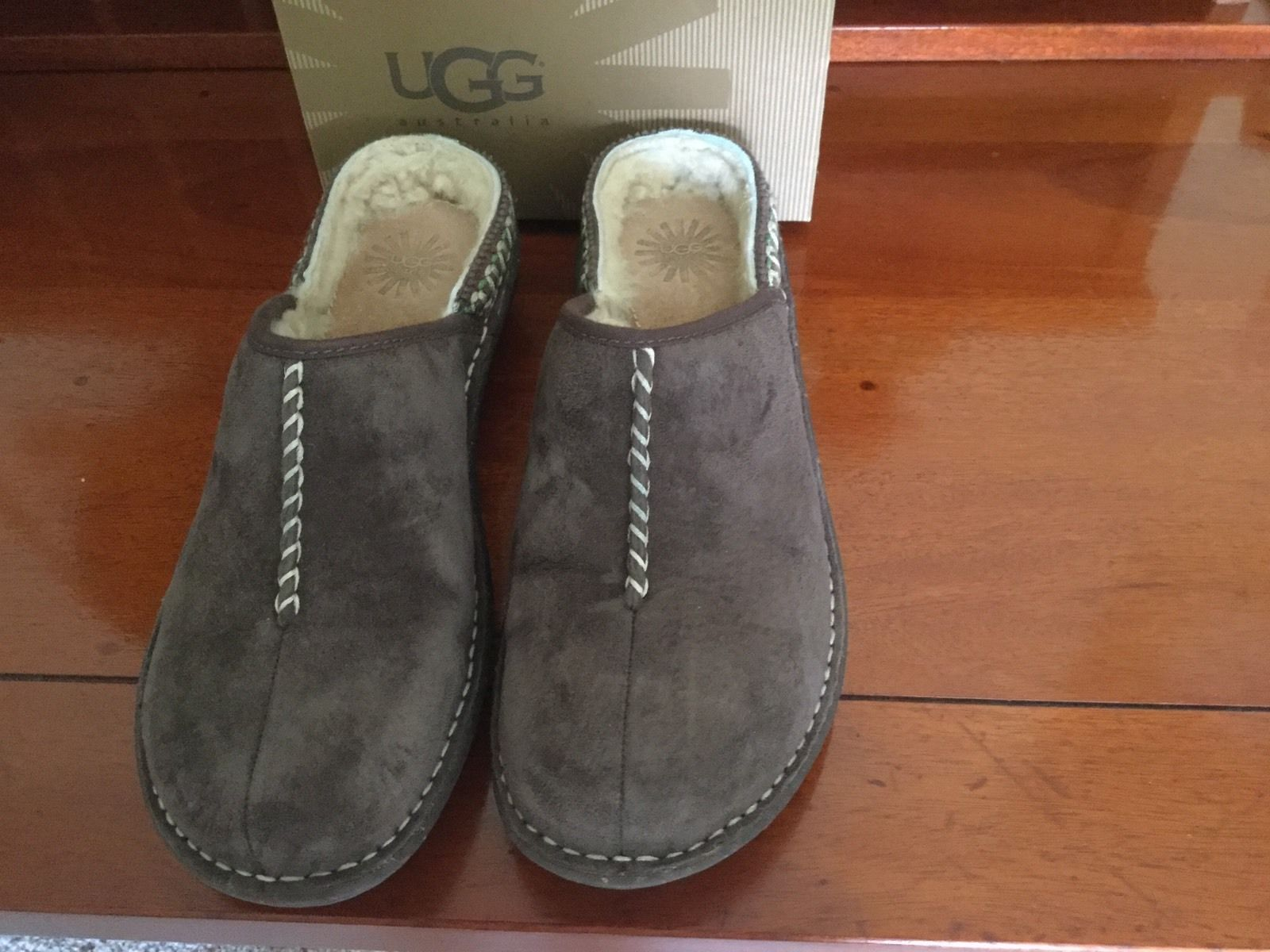 Ugg Kohala Size 10 Excellent Condition