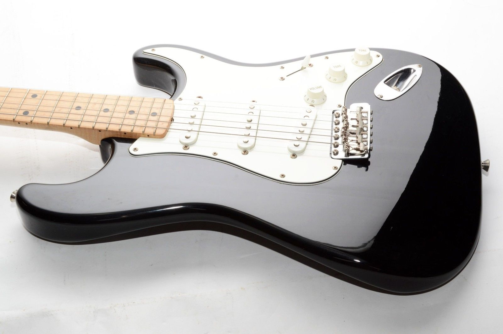 Fender Japan Stratocaster electric guitar AS IS RefNo 82466