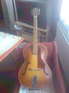 VINTAGE GUITAR HOFNER CONGRESS CELLO MODEL CIRCA:1957