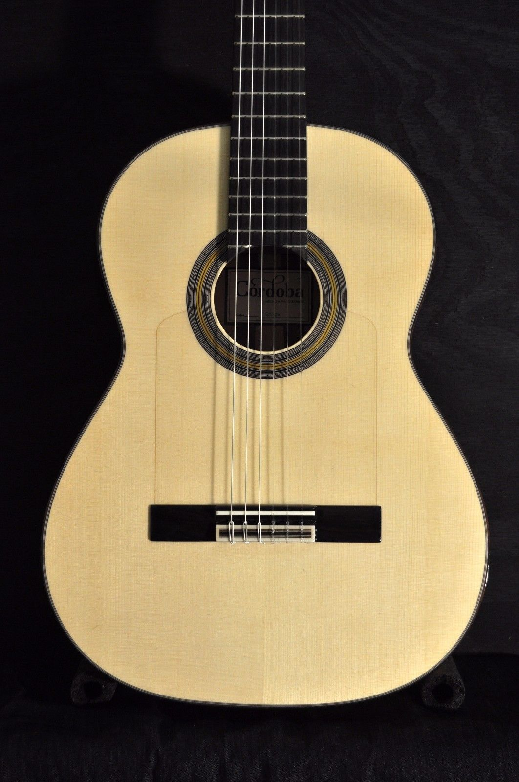 Cordoba Solista Acoustic Nylon String Classical Guitar with Gig Bag
