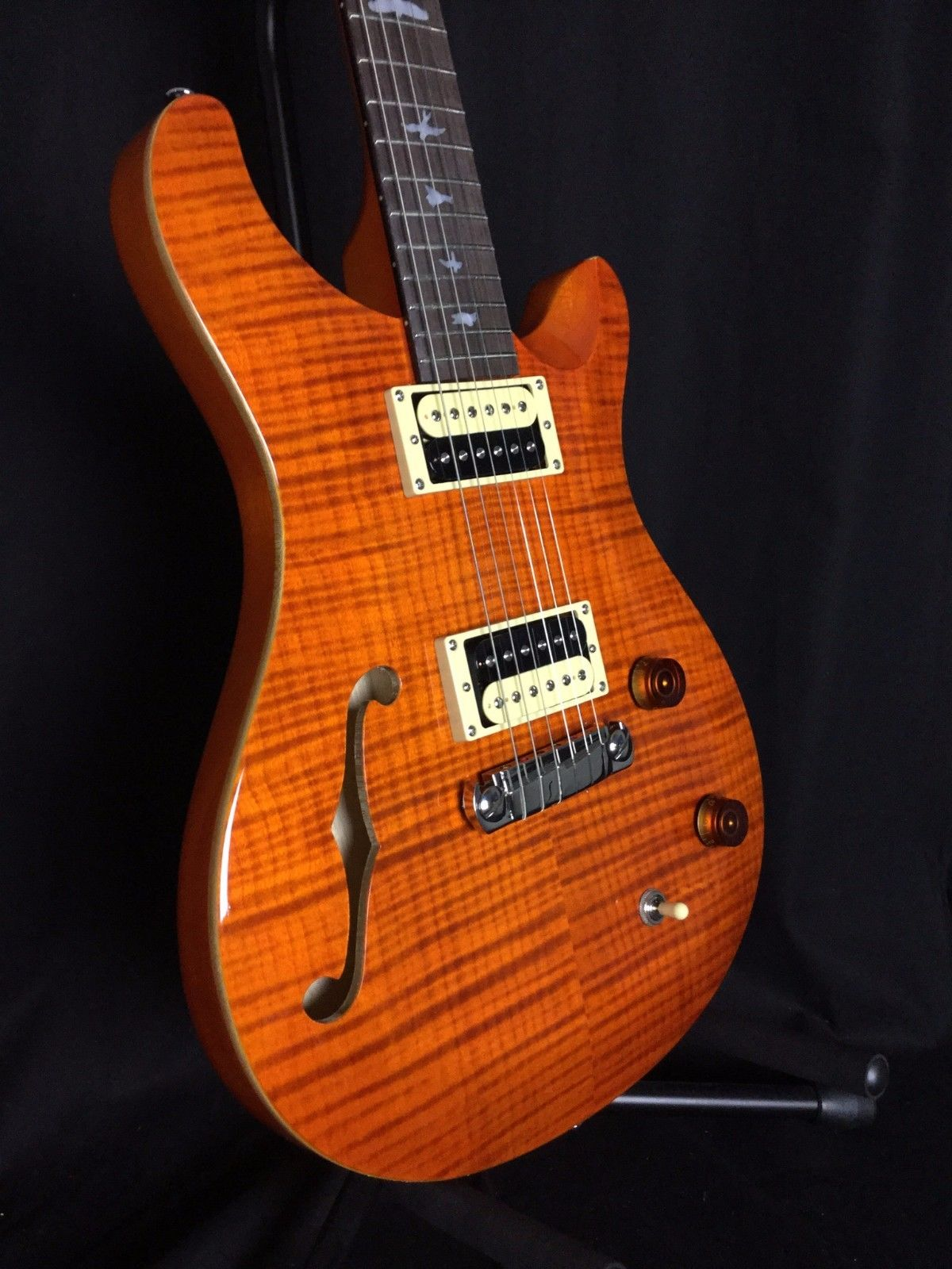 PRS SE Custom 22 Semi Hollow Orange W/gig bag (BRAND NEW / AUTH DEALER)
