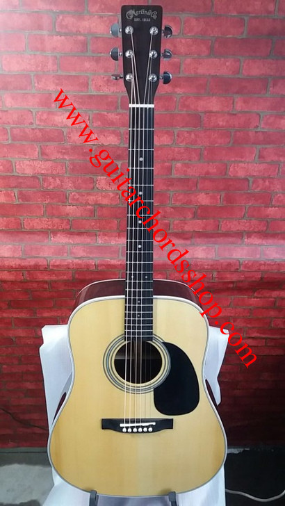 Martin d 28  acoustic guitar natural