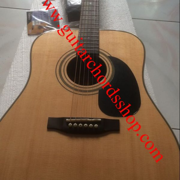 Martin d28 dreadnought acoustic guitar natural (1)